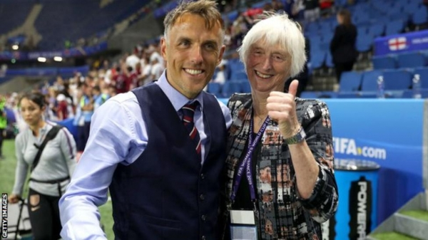 Phil Neville and Sue Campbell