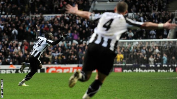 Cheick Tiote celebrates his equaliser against Arsenal in 2011