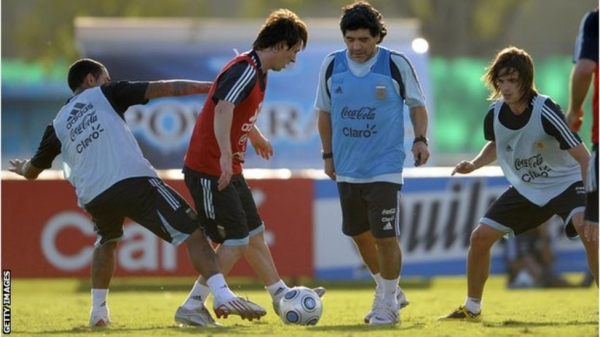 Lionel Messi and Diego Maradona in Argentina training